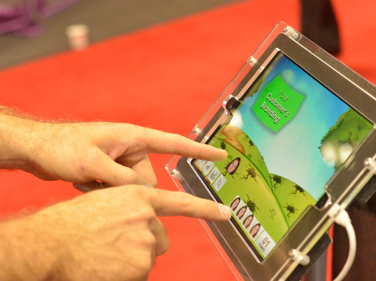 Virtual Hero, Game Studio: Playing on a Tablet